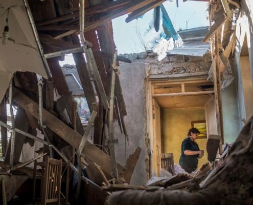 Davit Banuchyan Zerbombtes Haus in Region Tawusch_Armenien_2020